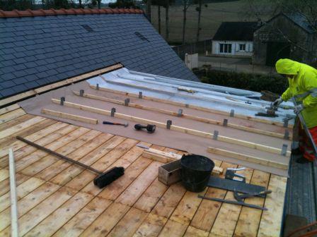 Comment monter une toiture en zinc la r ponse est sur - Comment faire un toit en zinc ...
